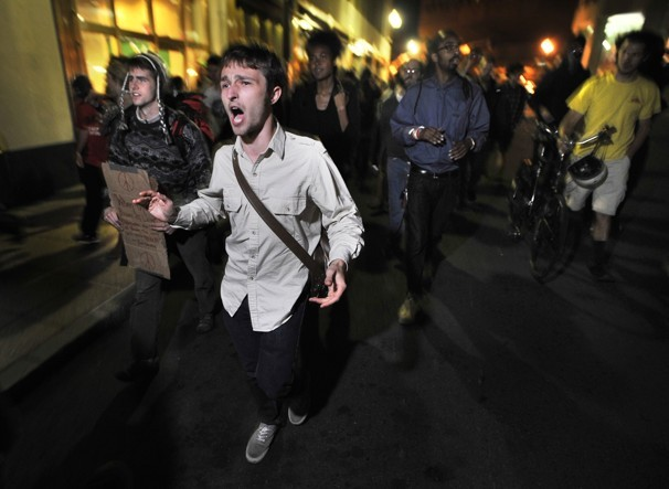 Occupy Wall Street: Anonymous Release Evidence of Police Beating and Arresting War Veterans