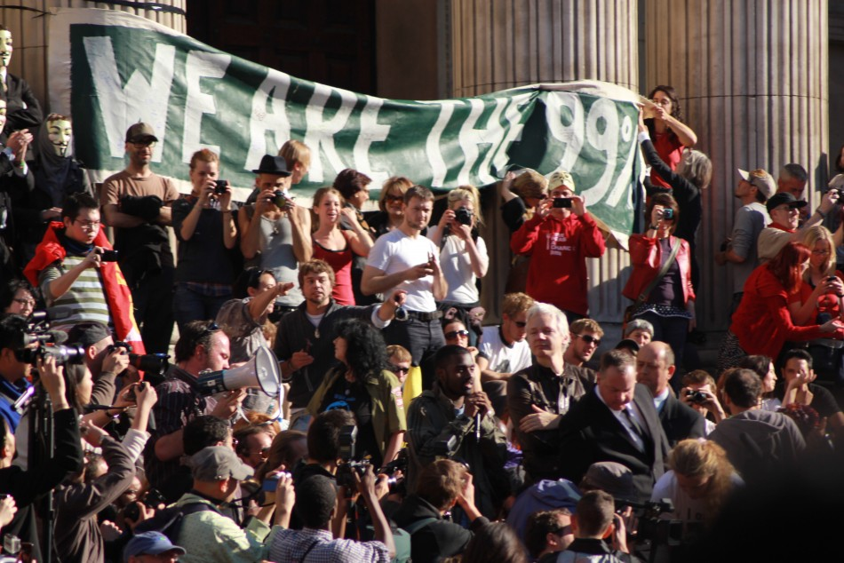 Occupy London: Wikileaks' Julian Assange Avoids Police Kettling to Join London Protesters (Exclusive Photos)