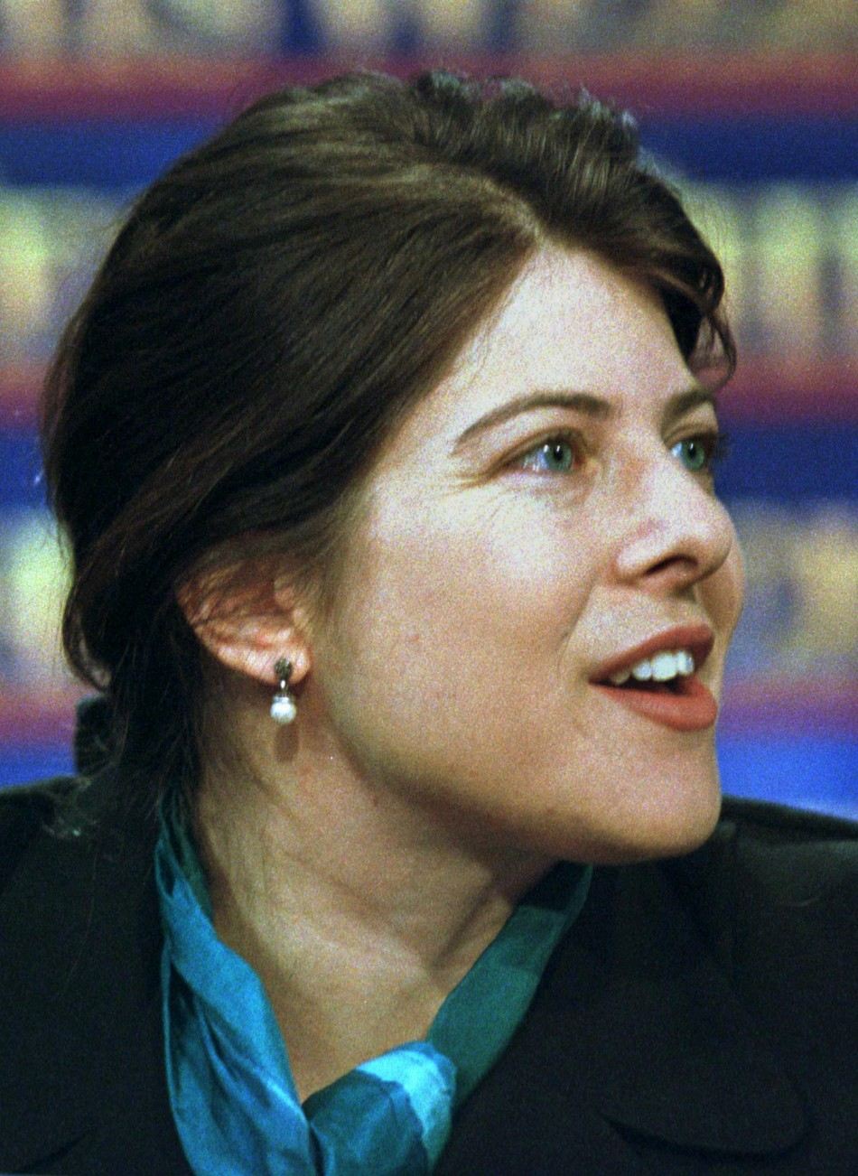 Occupy Wall Street Protest: Police Arrest Author Naomi Wolf for Reciting First Amendment