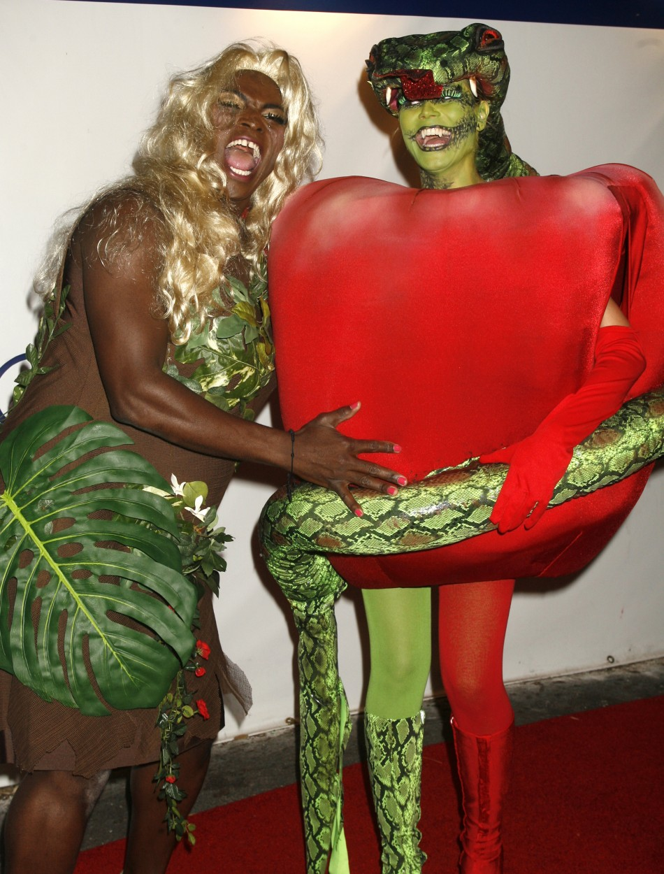 Supermodel Heidi Klum's Spooky Halloween Costumes Through the Years