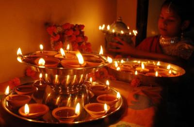 Festive Season Across the World Halloween in the U.S. and Diwali 2011, Festival of Lights in India Breathtaking Diwali PHOTOS