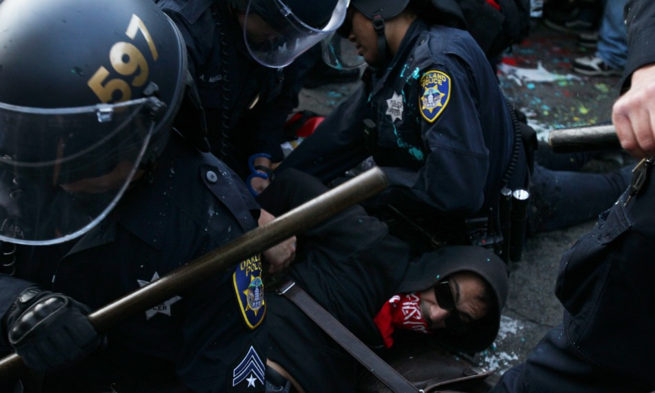 Occupy Port of Oakland Stand-Off: Anonymous Sponsored Video Feed Shows Latest Acts of Police Brutality Against Protesters