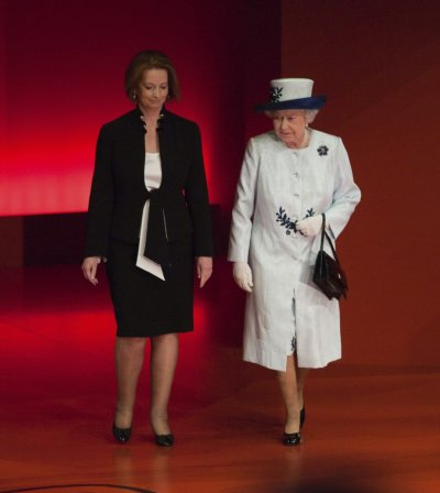 Britains Queen Elizabeth and Australian Prime Minister Julia Gillard in Perth