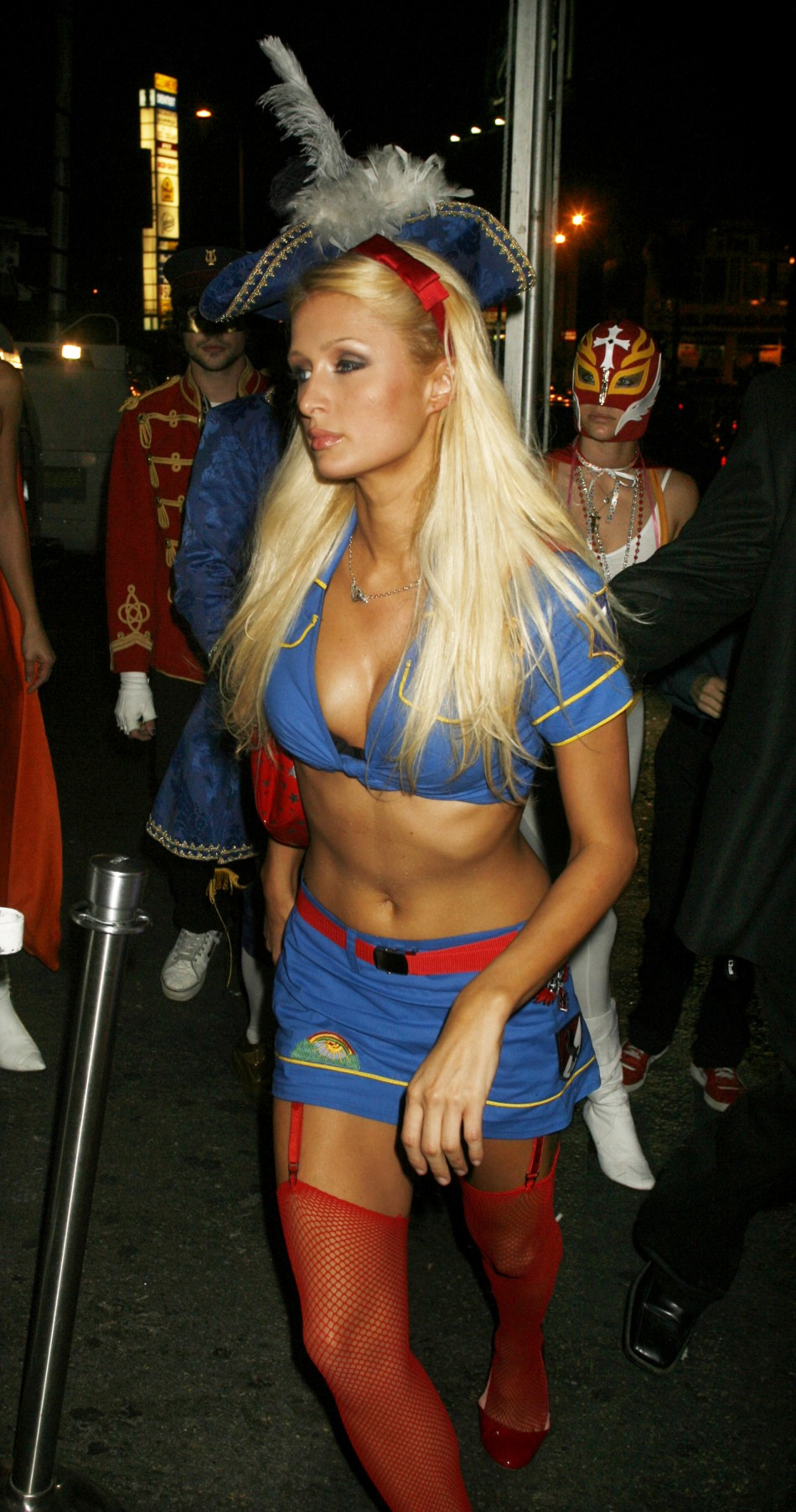 Best Celebrity Halloween Costumes From Heidi Klums Party -5643