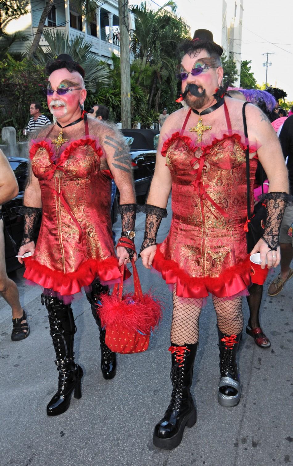 top 10 craziest halloween cross dressing costume ideas photos