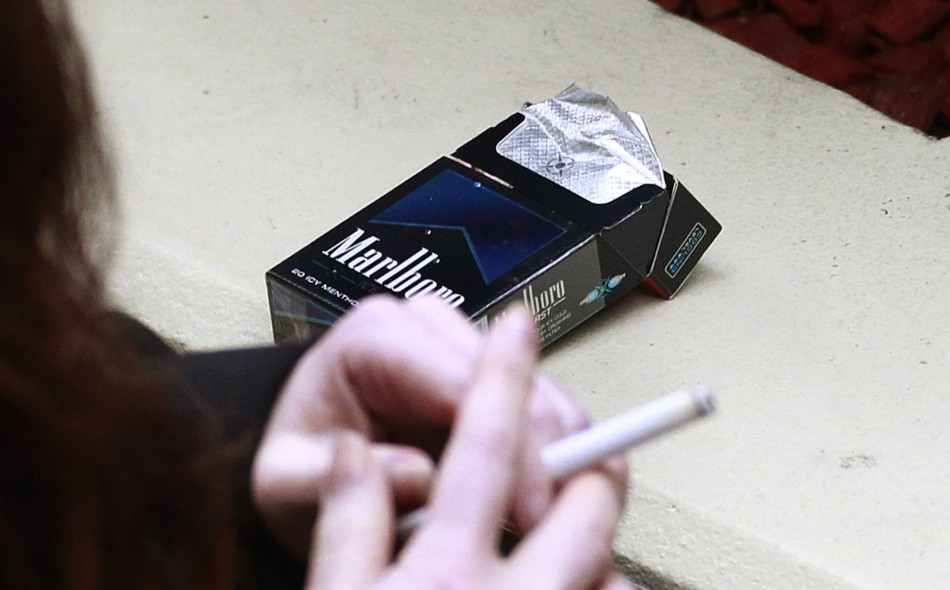 English traders will have to hide tobacco products from view