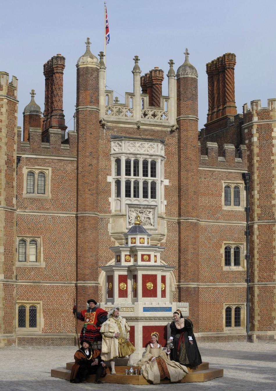July 27 - Hampton Court of Palace