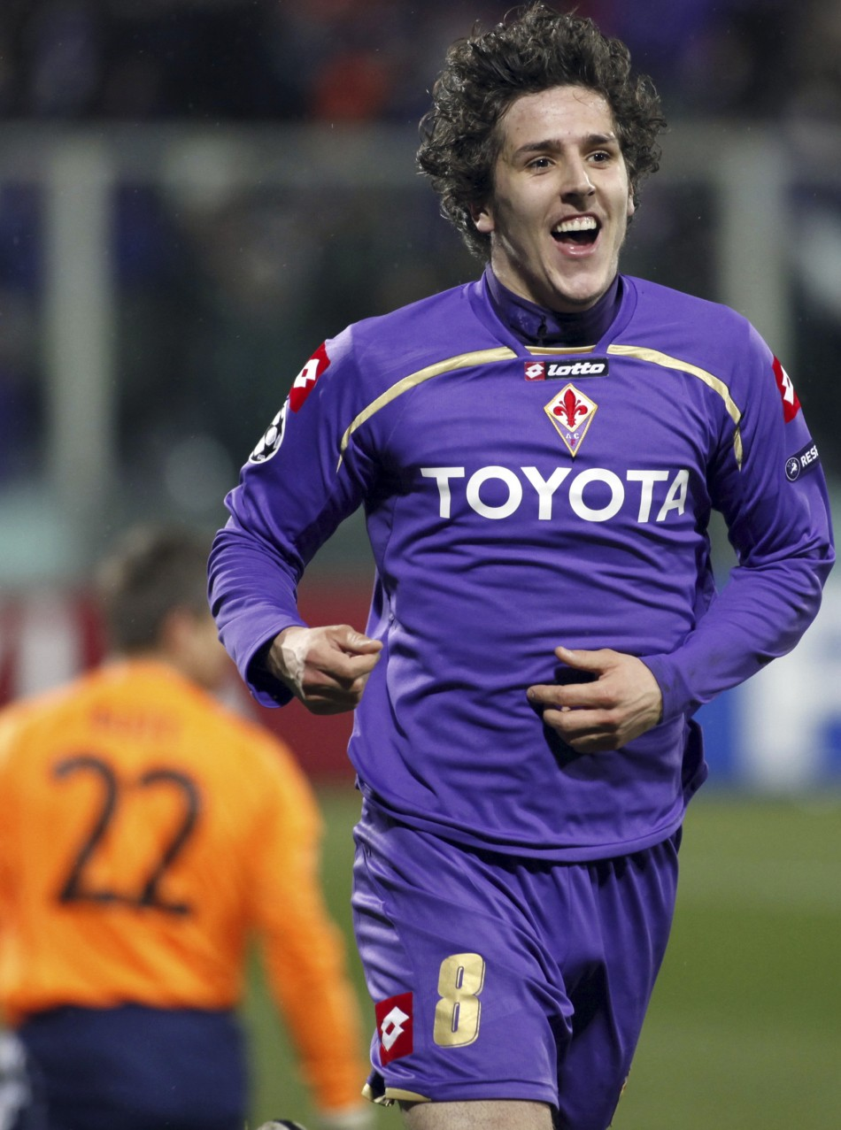 Fiorentina's Stevan Jovetic celebrates after scoring against Bayern Munich during their Champions League last 16, second leg soccer match in Milan