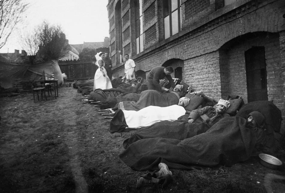 Remembrance Day: Wartime nurses