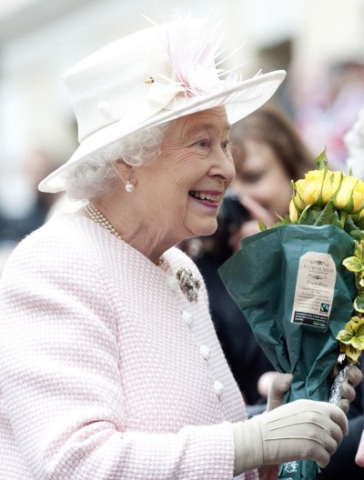 Power-packed performances will be featured for the Queen and the Royal ramily during the Festival of Remembrance 2011 in London on Saturday night.