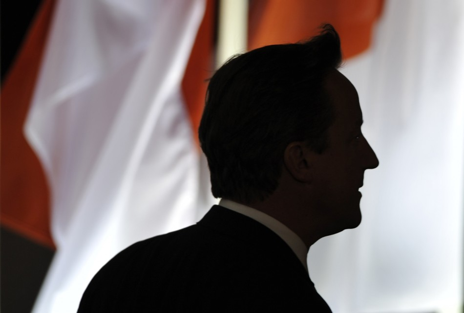 Leaders Clash on UK Economy