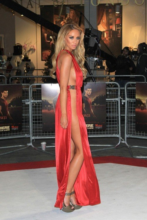 Towie S Lauren Pope Leaves Little To The Imagination At