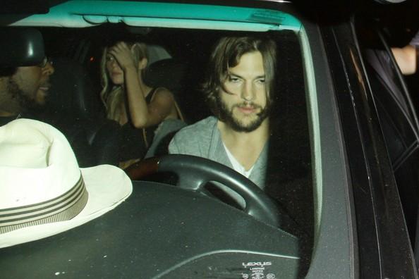 Sara Leal and Ashton Kutcher