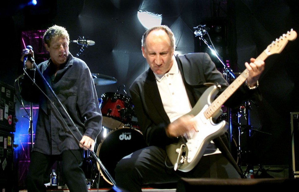 TOWNSEND AND DALTREY PERFORM AT THE WHO OPENER.