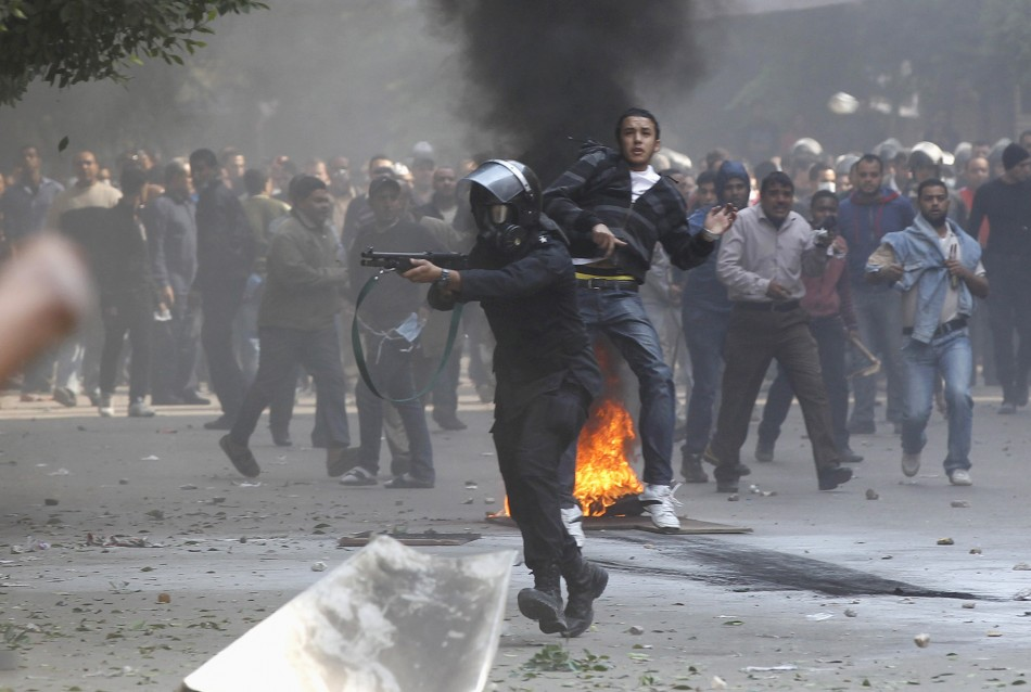 Death toll hits 33 on third day of Egypt clashes
