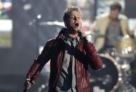 2011 American Music Awards Wows: Electrifying Performances by J. Lo, Nicki Minaj, Enrique, Katy Perry [PHOTOS]