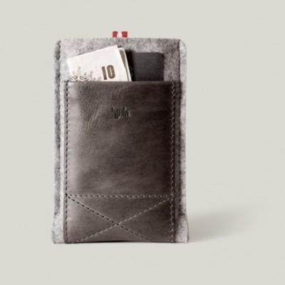 Hard Graft iPhone wallet