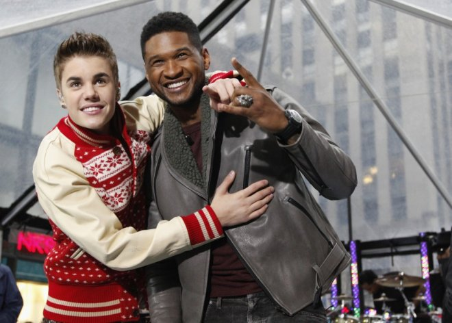 "Singers Justin Bieber and Usher  pose together after performing on NBC's ""Today"" show in New York"