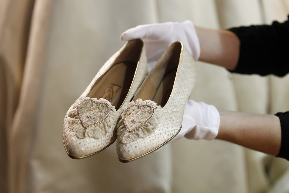 Amy Winehouse's 'Back to Black' and Princess Diana's Shoes Auctioned