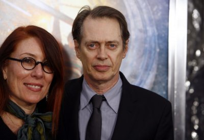 Filmmaker Jo Andres and her husband actor Steve Buscemi attend the premiere of quotHugoquot in New York