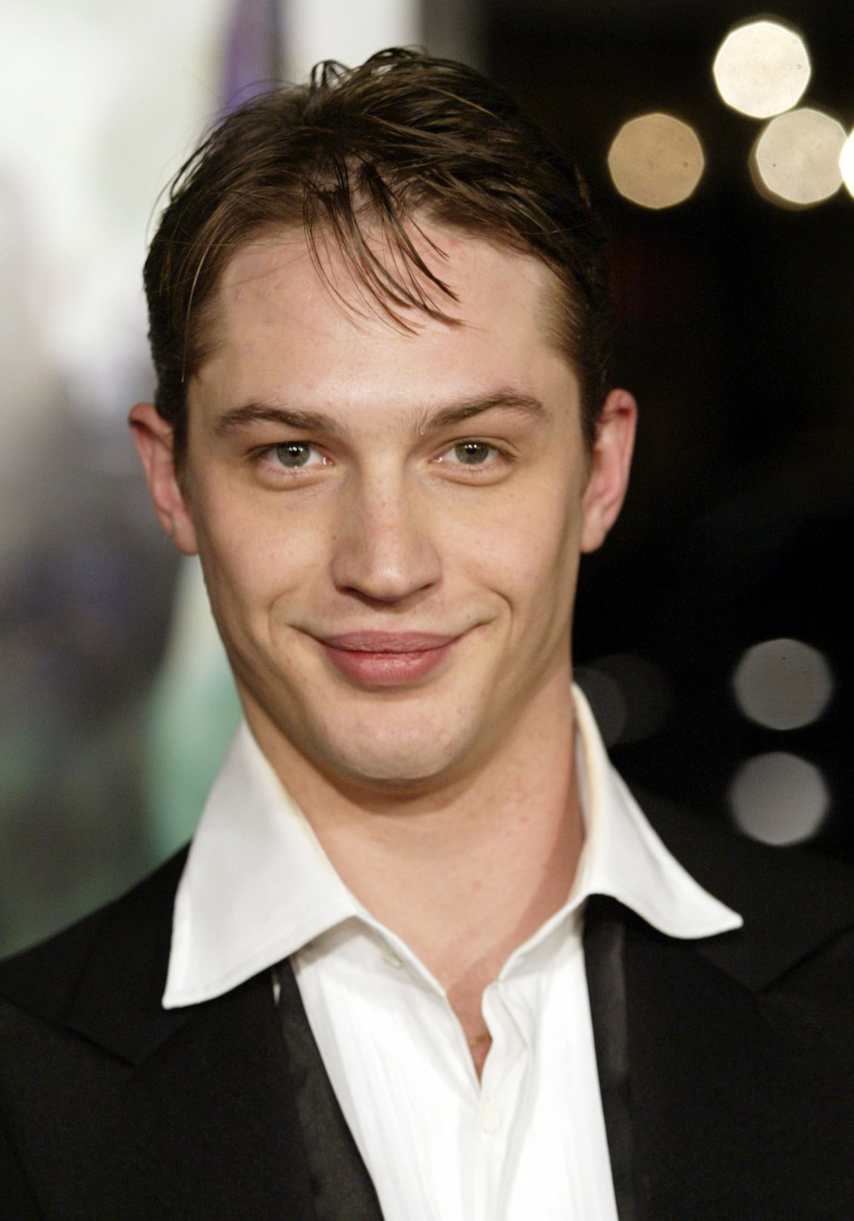 With his breakthrough performance as quotEamesquot in Christopher Nolans 2010 science fiction thriller, Inception 2010, English actor Tom Hardy has been brought to the attention of mainstream audiences worldwide. But the versatile actor has been st