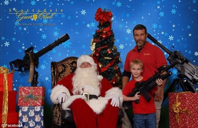 Arizona Gun Club Offer To Pose With Santa and His Machine Guns