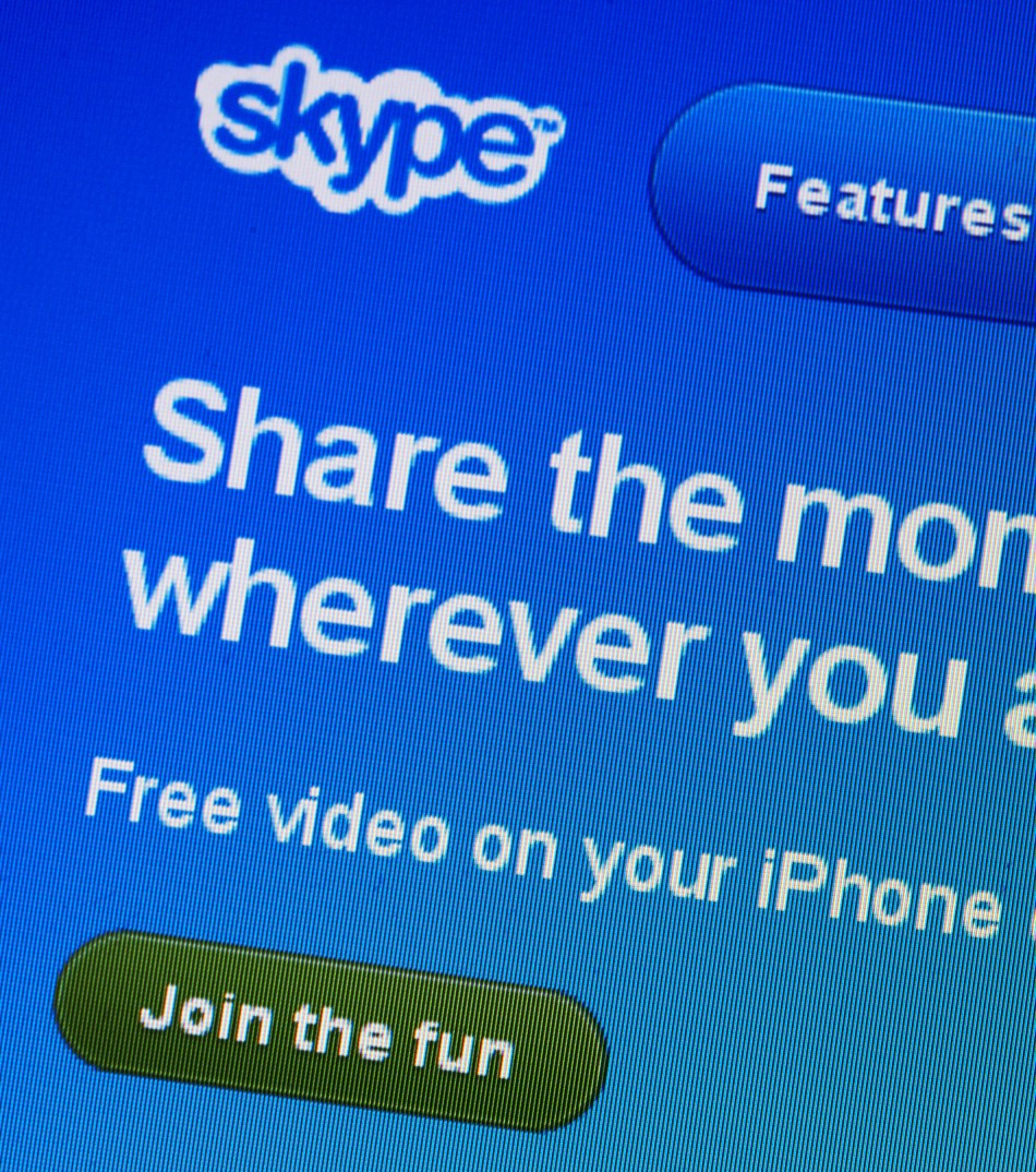 Woman watched lover slashing his throat live on Skype