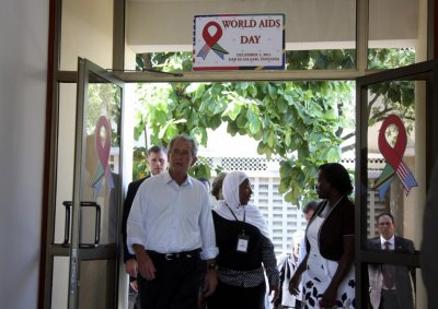 Former U.S. President George W. Bush arrives at the Mnazi Mmoja Hospital in Tanzanias capital Dar es Salaam