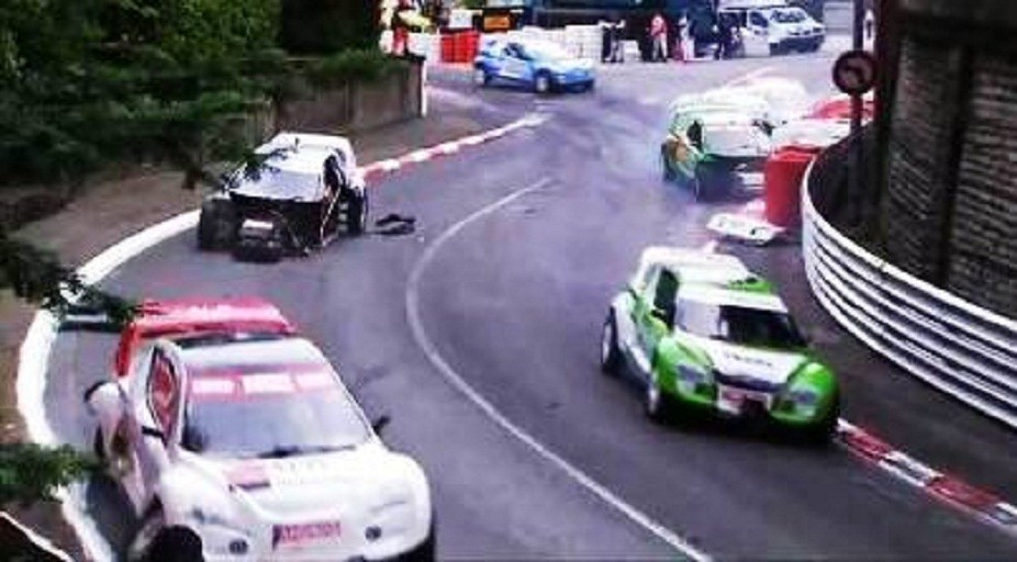 A Pileup at the Grand Prix Electrique 2011