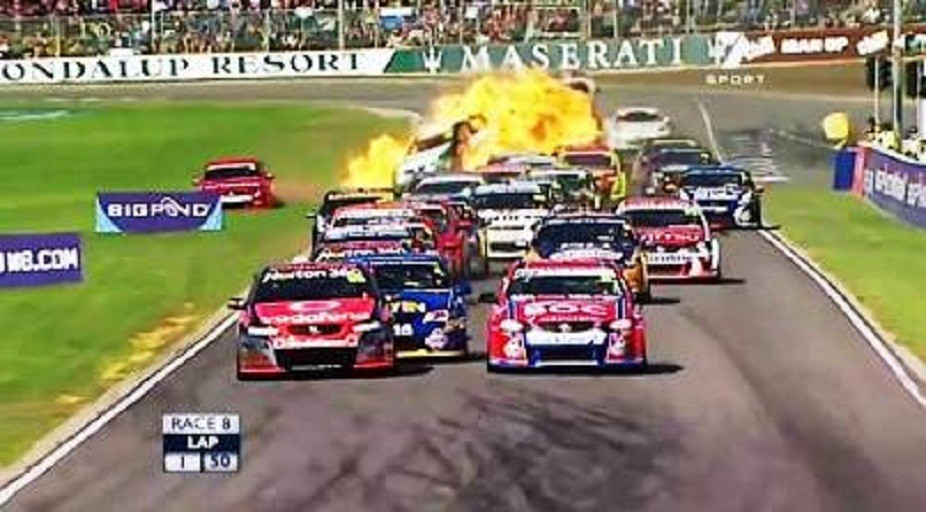 The V8 Supercar Perth Barbagallo Raceway
