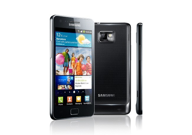 Galaxy S2, Lumia 800, RAZR, Galaxy Nexus, Sensation XE Five Awesome Smartphones that Aren't an iPhone: Christmas 2011 Buyer's Guide