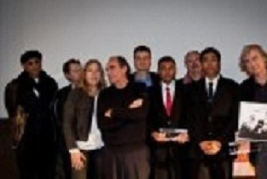 From left to right : Stanley Greene, Erik Izraelewicz, Marie-Christine Saragosse, Richard Bohringer, Jean-François Julliard, Eleven Media journalists, Dominique Gerbaud, Plantu, Jean Rolin. (c) Jean Larive