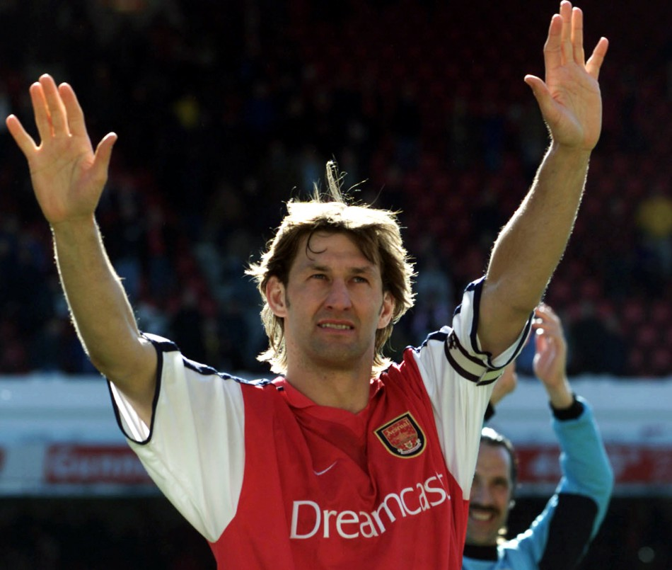 ARSENAL'S CAPTAIN TONY ADAMS WAVES TO THE FANS AT HIGHBURY