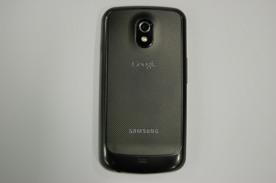 Samsung Galaxy Nexus Review: Ice Scream Sandwich is as Sweet as it Sounds