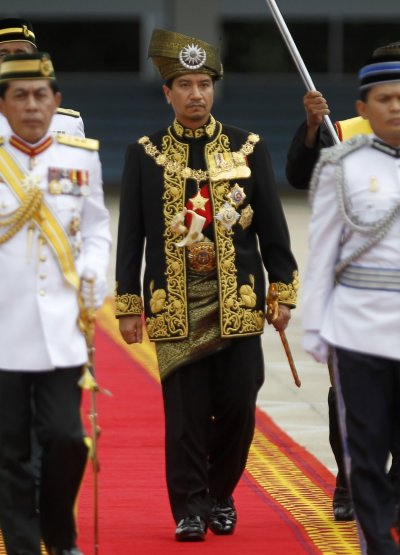 Malaysias outgoing king Sultan Mizan