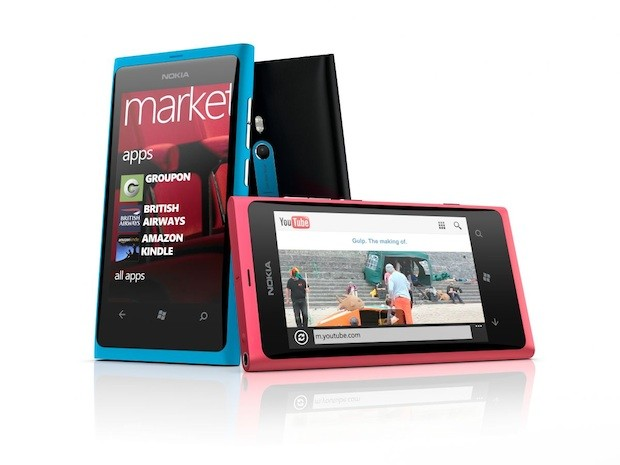 Consumers Shun Nokia's Lumia 800 Windows Phone Offering