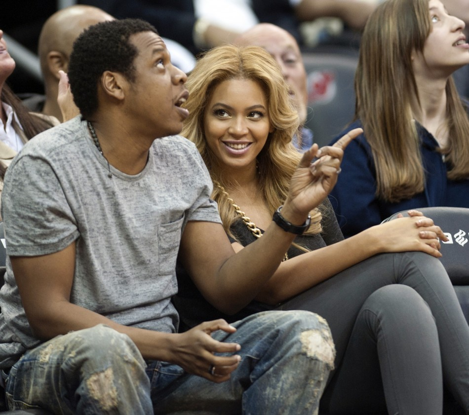 beyonce baby twitter fans decode meaning of �ivy blue� carter
