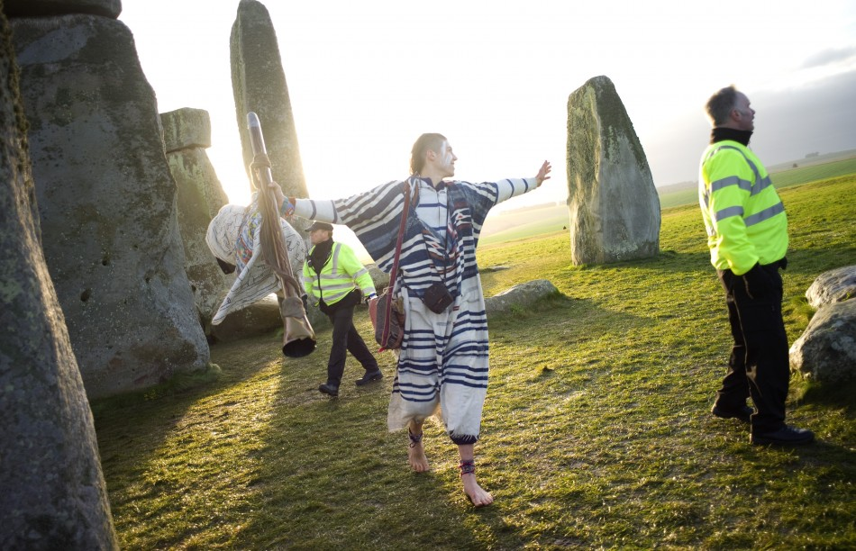 Winter Solstice 2011: Druids, Revellers and Pagans at Stonehenge Ceremony