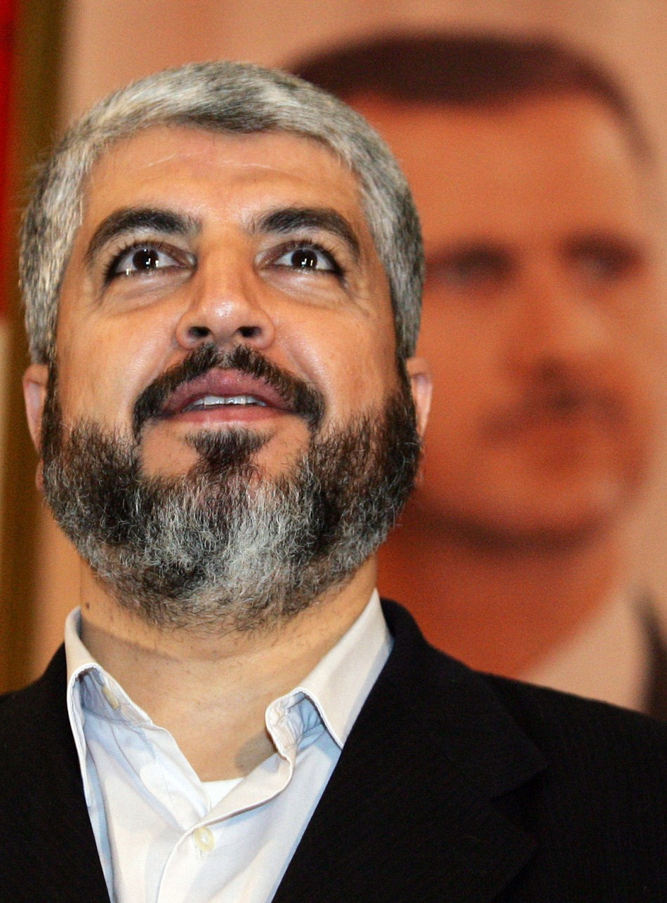 Hamas leader Meshaal thanks Syrian students before giving lecture at Damascus University