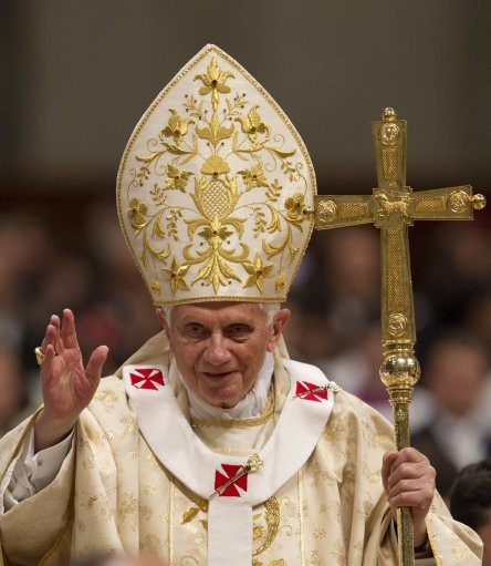 Pope Benedict XVI at Christmas Mass in St. Peter039s Basilica