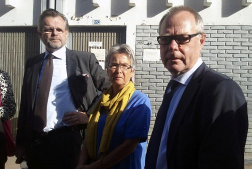 Parents of Swedish photographer Persson and Swedish ambassador to Ethiopia Odlander stand outside the courtroom in Ethiopia