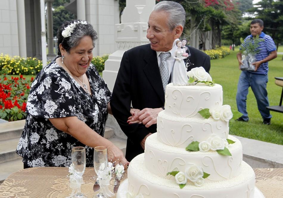 Peru's Mass Wedding