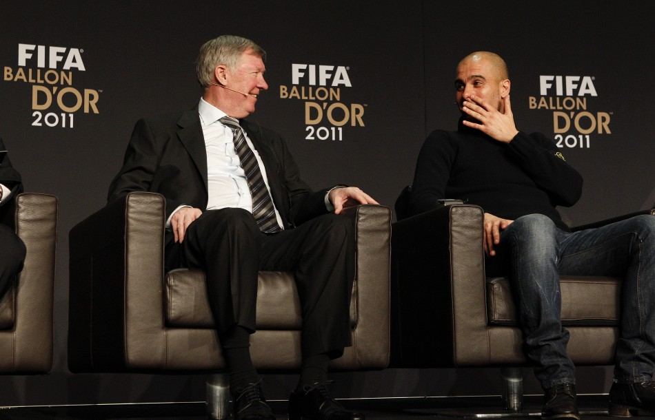 Ferguson and Guardiola relax alongside one another