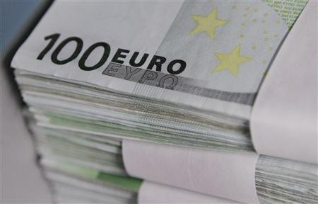 Euro edges up from 16-mth low vs dlr but gains capped