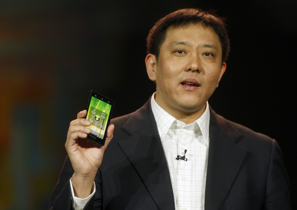 Intel's Lenovo K800 – Brief Review