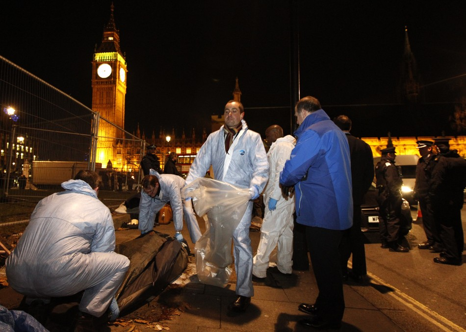 Protesters' tents cleared from Westminster