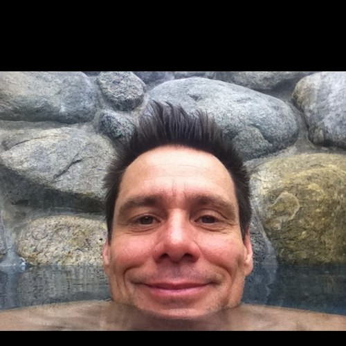 Jim Carrey posts a photo of himself on Twitter