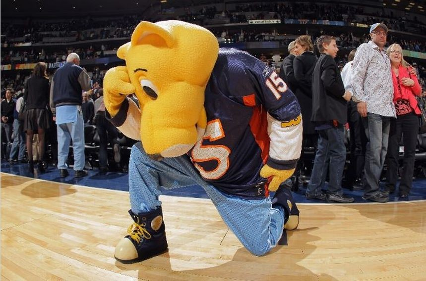 Tebowing is the New Planking Weirdest Images of the Latest Internet Craze