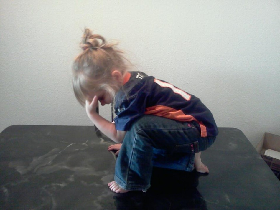 Tebowing is the New Planking! Weirdest Images of the Latest Internet Craze