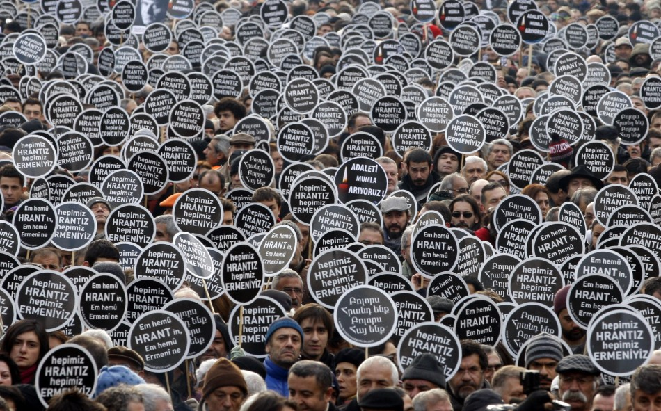 Istanbul: Protesters gather to mark death of murder of Hrant Dink